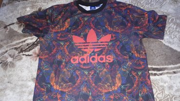 Adidas original  The brand with the 3 stripes Made in Philipines - Beograd