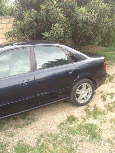 Gəncə şəhərində Audi A4 1996