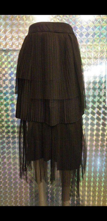 Moderna nova suknja. vel.s/m asimetricna. pozadi se zakopcava - Pancevo