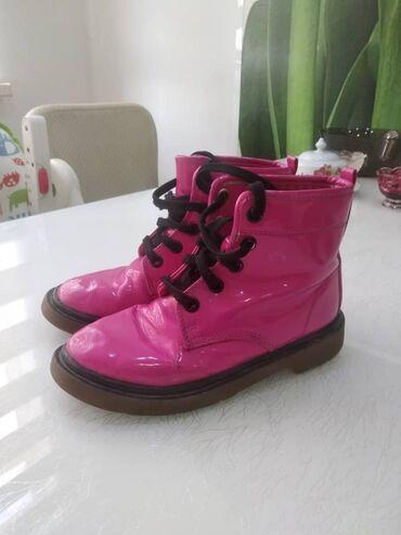 Продаю детские ботинки Маркс & Спенсер. Размер 33. Малость потерт
