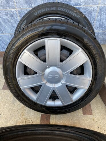 колпак на диски в Кыргызстан: Продаю шины диски и колпаки от Chevrolet 3шт 195/55/15