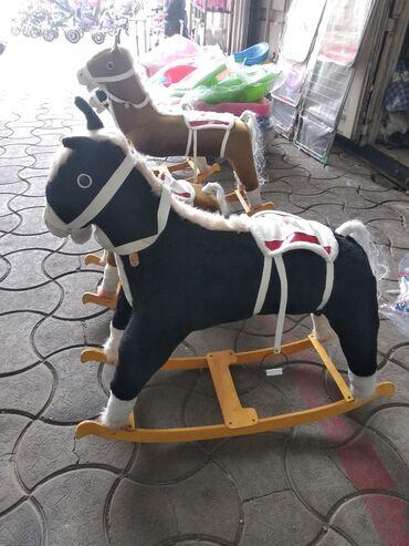 Лошадка деревянные  Маленькая  Большая.  Оптом цена договорная