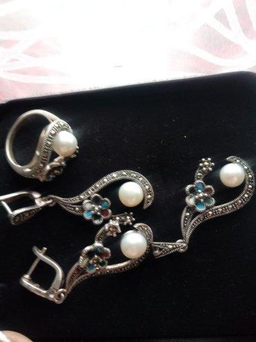 Серебро 925пробы. капельное серебро. с камнями. кольцо 18размер в Бишкек