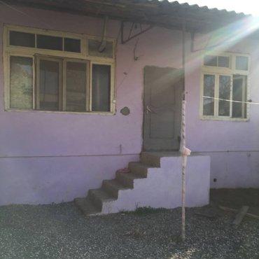 Bakı şəhərində Bineqedi Qesebesinde .Yeni temirden cixmis 3 OTaqli ferdi yasayis evi