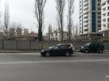 Bakı şəhərində Продажа земельный участок под