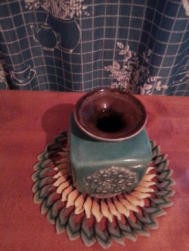 Антикварные вазы - Кыргызстан: Ваза для цветов, керамика.Советская.Цена500сос сом. Салфетка в