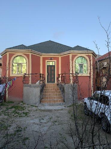 2 otaqli - Azərbaycan: Satış Evlər mülkiyyətçidən: 110 kv. m, 3 otaqlı