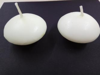 Свечи - Кыргызстан: Продаю новые плавающие свечи. ИКЕА. Горит 4 часа. Цена 1 свечки - 15
