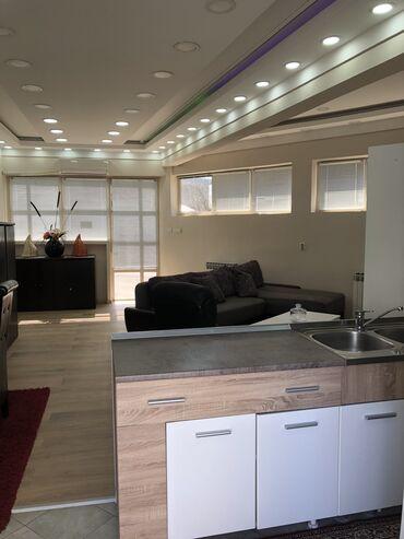 Apartment for rent: Studio-stan, 54 kv. m sq. m., Beograd
