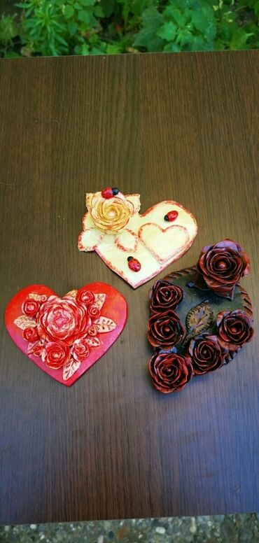 Kućni dekor - Ruski Krstur: Ukrasi od hladnog porcelana/srce, ruza, list