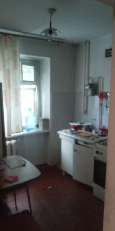 Продажа квартир - Бишкек: Хрущевка, 2 комнаты, 43 кв. м Угловая квартира