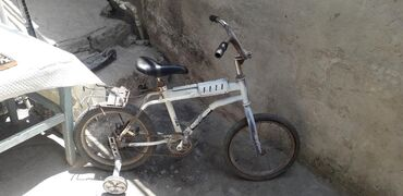- Azərbaycan: Iwlenmiwdi her iki velosipedler 16 ligdi 2 si 1 yerde 50 manat real