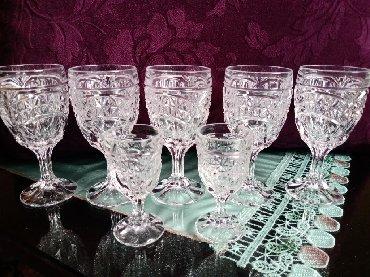 Čaše za piće - Srbija: Kristalne nove case. Fabricki kupljene. 5 za vino. 2 za zestoko