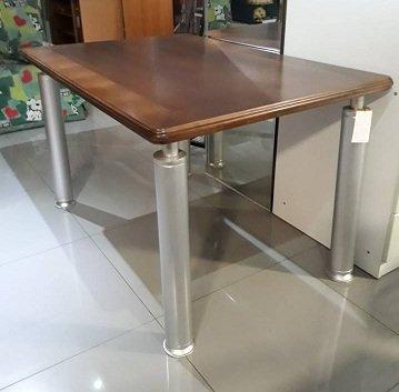 Стол обеденный с натуральной столешницей размер 126 см х 85 см в Бишкек
