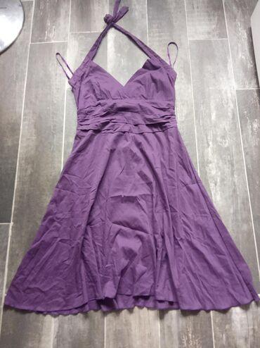 Haljine | Novi Banovci: Duga haljina velicina 38, bez ostecenja. Ni jednom nije nosena