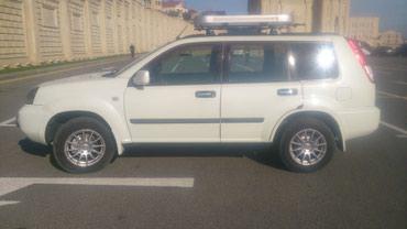 Bakı şəhərində Nissan X-Trail 2003
