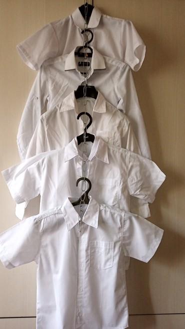 бодики с коротким рукавом в Кыргызстан: Продаю рубашки на мальчика 8-10 лет с длинным и коротким рукавом.цена