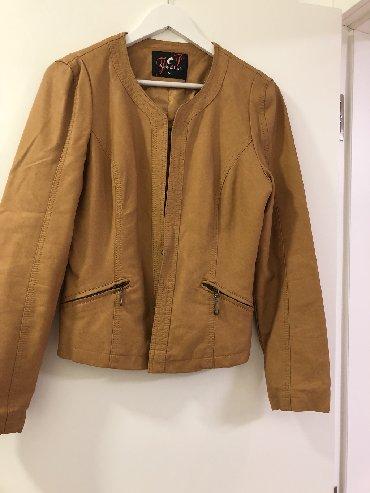 Sirine duzine m - Srbija: Braon jakna od eko koze, velicina M ( na etiketi je L) ali po dimenzij
