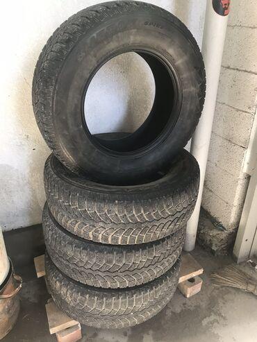 Зимняя резина ( шип ) Bridgestone Япония 275/65/17 с отличным состояни