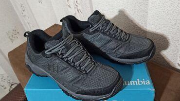 спортивная мужская обувь в Кыргызстан: Продаю обувь деми, Columbia размер 41, носил около двух недель, хочу