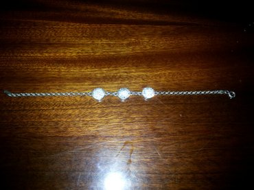 Красивый браслет. серебро 925 пробы. на ручке очень нежно смотрится. в Бишкек