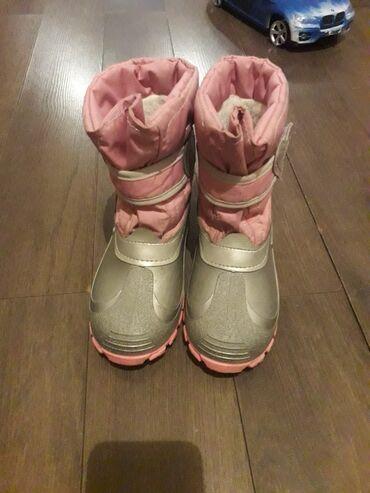 Dečija odeća i obuća | Zrenjanin: Zimske cizme br 31