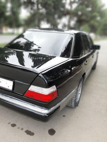 Mercedes-Benz - Gəncə: Mercedes-Benz E 220 2.2 l. 1993   200000 km