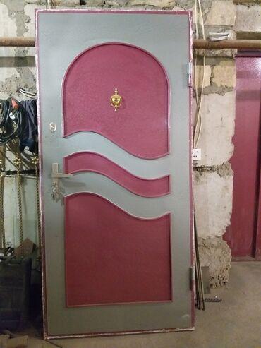 Qapı satılır,qiymət 220 manat