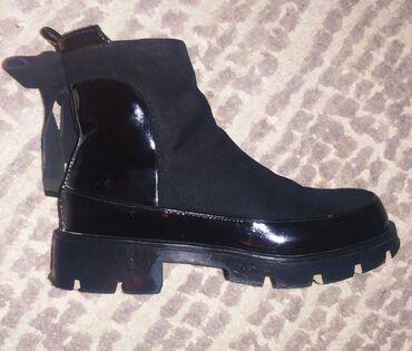 Продаются!детская обувь размеры 27,28
