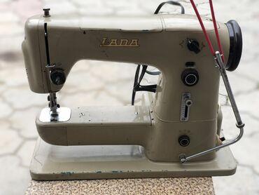 Швейная машина Lada 132 В рабочем состоянии, б/у