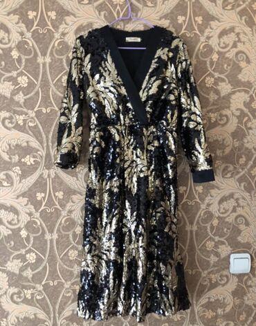 Платье в пайетках 44 размер, обмен