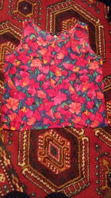 женская-блуза в Кыргызстан: Майка женская 66 размер корейская отдам за 2 литра шедевр г. Балыкчы