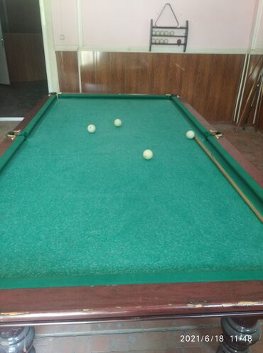 Спорт и хобби - Майлуу-Суу: Продается бильярдный стол мураморный цена 40т тел
