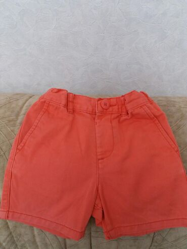Продаю шорты на девочку 1-1.6 ( если худенькая, то подойдет и на