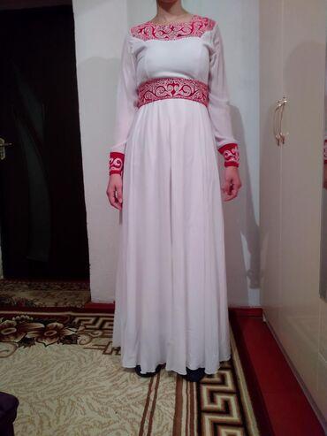 Продаю платья,одевала один раз на кыз узатуу. Размер 44, цена 3000сом