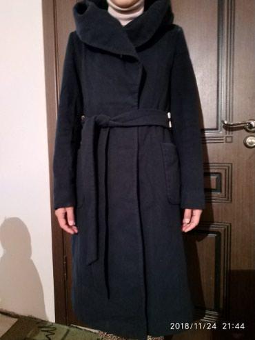 Пальто. размер 46. не скатывается. цена 1500 в Бакай-Ата
