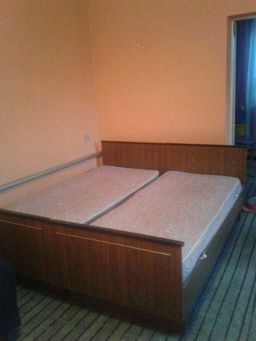 Продаю кровать двух спальную б.у в хорошем состоянии в Бишкек