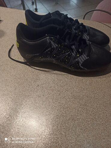 Αθλητικά παπούτσια ποδοσφαίρου