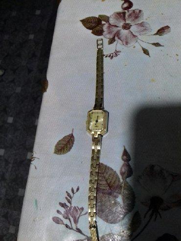 - Azərbaycan: Luc qadin saati satilir isleyir mexanikidir hardasa 45 ilin sovet dovr