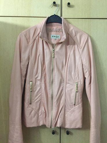 Zenska jaknica u roze boji, zlatni detalji, m vel - Pozega