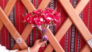 Цветы из бумаги с конфетами - Кыргызстан: Цветы из гофрированной бумаги с конфетами.Принимаем заказы.WhatsApp