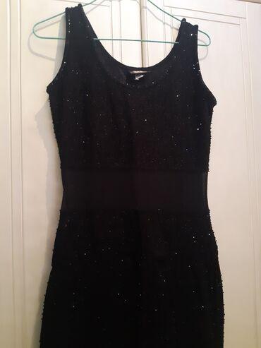 Figura - Srbija: Prelepa S haljina sa providnim mrezimcama, istice figuru, jako