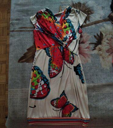 50 oglasa: Najlepsa haljina sa dezenom leptira. Veoma lagana i prijatna za
