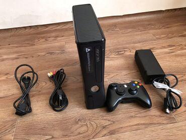 Электроника - Кок-Джар: Срочно продается Xbox 360 Купили в 2012 году новым. Практически не игр
