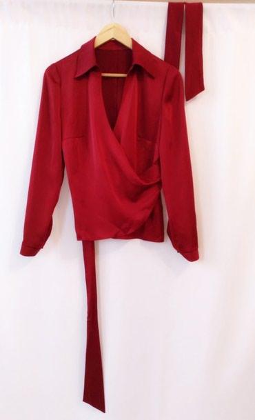 стильные и в Кыргызстан: Атласная блуза новая, размер М, яркая и стильная, пошив на заказ