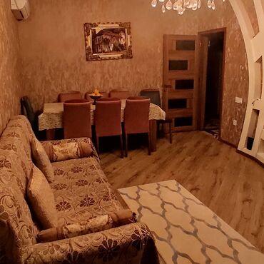 Ev satılır 90 kv. m, 3 otaqlı, Bələdiyyə
