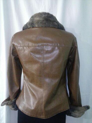 Kozna jakna sa krznom - Srbija: Braon zenska jaknica pogodna za ovo vremenije zimska od eko koze sa