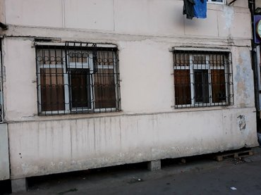 Bakı şəhərində wamaxinka dayirasi 9/1 3 otag pod obyekt satilir tacili razilawma yolu