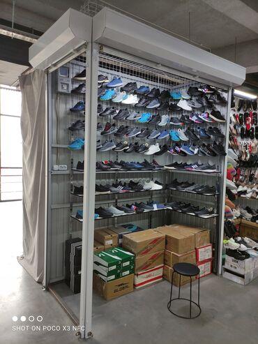 Продаётся место Берекет Универсал 2-этаж обувь угловой 2м кв