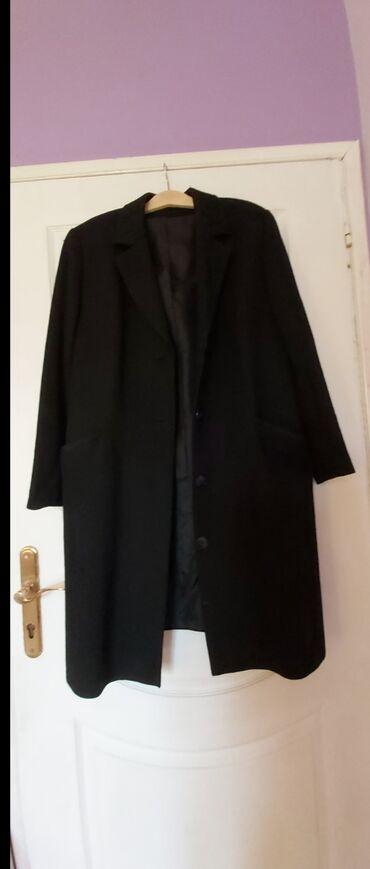 Crni divan,elegantan i kvalitetan(Vuna i viskoza) zimski kaput 40